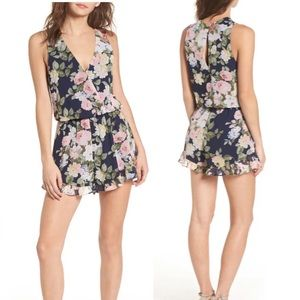 Show Me Your MuMu Floral Romper Like New Small